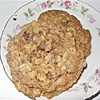 groups/516-aarin-cooks-101/pictures/92105-chewy-chocolate-chip-oatmeal.jpg